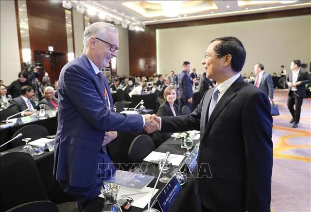 Cơ hội cho hoà bình trên Biển Đông: Điều kiện từ hành xử của Trung Quốc - 1