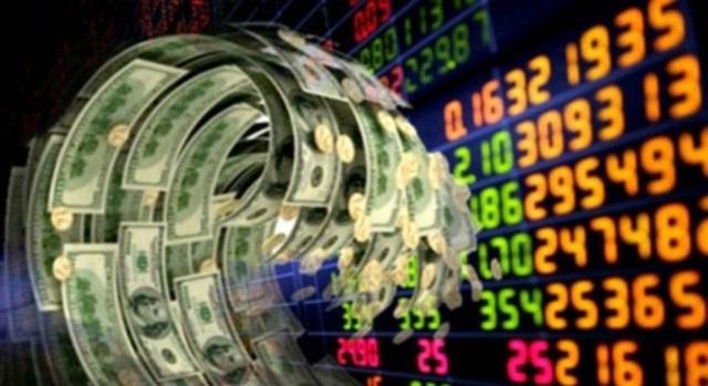 Lãi suất ngân hàng xuống rất thấp, dân dồn dập đổ tiền đầu tư chứng khoán - 1
