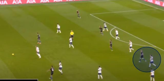 """Mourinho đánh bại Guardiola: Cỗ máy thời gian của """"Người đặc biệt"""" - 6"""