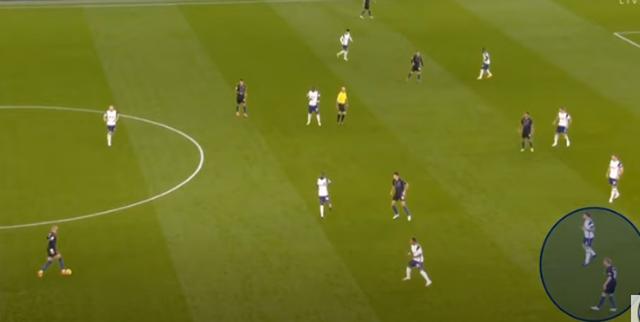"""Mourinho đánh bại Guardiola: Cỗ máy thời gian của """"Người đặc biệt"""" - 7"""