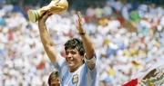 """Pele: """"Tôi mong được thi đấu cùng Maradona trên thiên đường"""""""