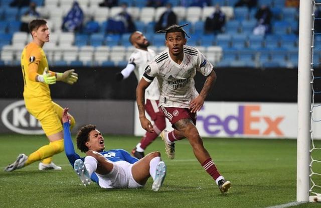Tottenham, Arsenal thắng lớn, CLB của Filip Nguyễn trước nguy cơ bị loại - 2