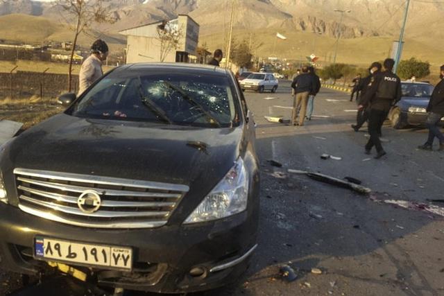 Vụ phục kích táo tợn bằng bom xe giết chết cha đẻ hạt nhân Iran - 2