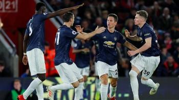 Trực tiếp bóng đá Southampton 2 - 2 Man Utd: Quỷ đỏ hụt chết!