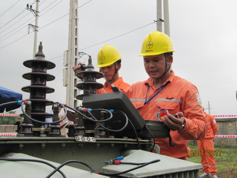 Sản lượng điện thương phẩm 11 tháng 2018 của EVNNPC đạt 59 tỷ kWh
