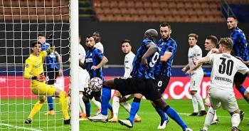 Real Madrid tìm vé đi tiếp, Inter Milan vào thế đường cùng