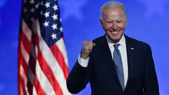 Ông Biden chính thức lập ủy ban nhậm chức - 1