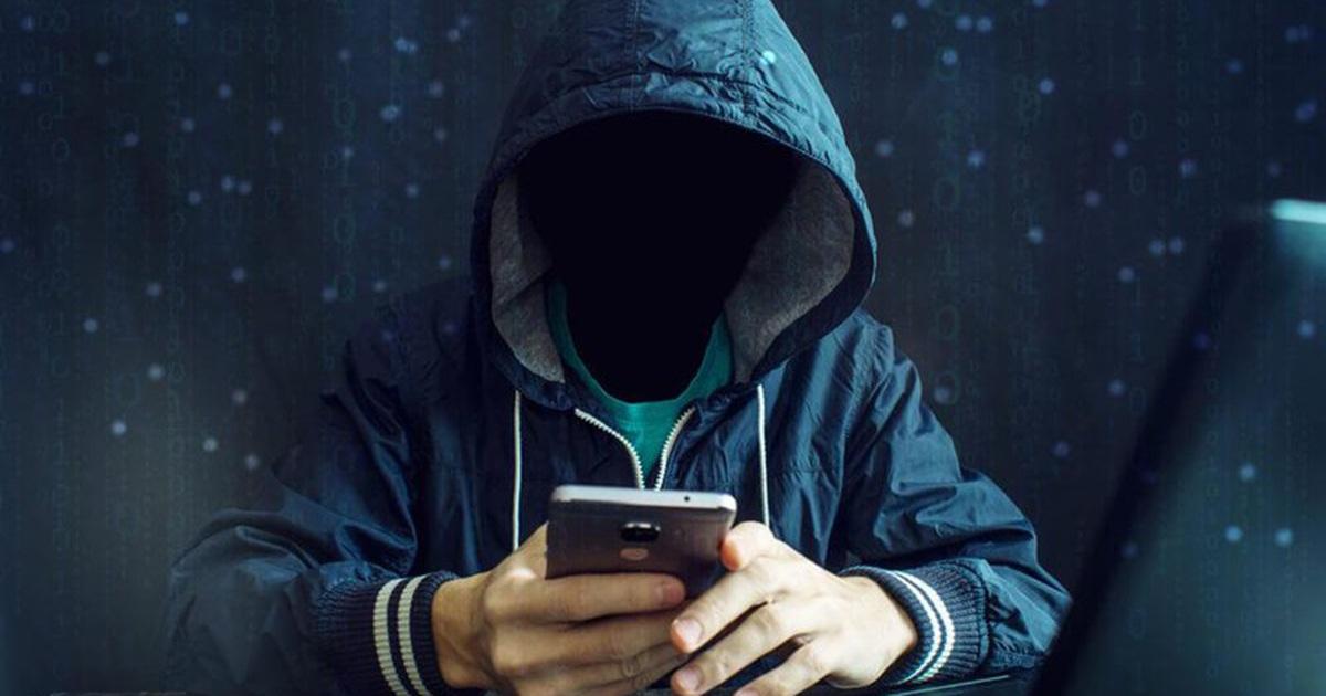 """Tiền tỷ """"bốc hơi"""" sau cú điện thoại lạ, chiêu lừa cũ rích sao vẫn sập bẫy?"""