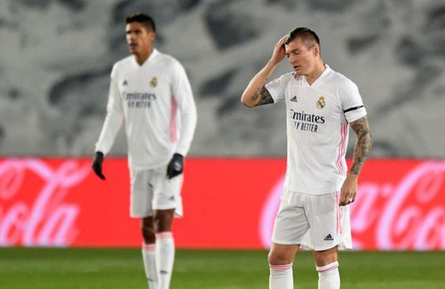 Real Madrid liên tục thua sốc: Thánh Zidane đã hết phép? - 3