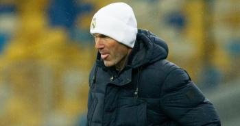 """Real Madrid liên tục thua sốc: """"Thánh"""" Zidane đã """"hết phép""""?"""