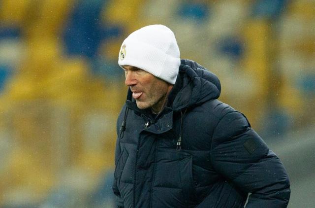 Real Madrid liên tục thua sốc: Thánh Zidane đã hết phép? - 1