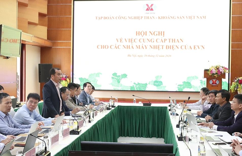 Lãnh đạo EVN và TKV họp bàn về cung cấp than cho các nhà máy nhiệt điện của EVN