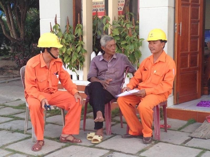 Chuyện nghề kiểm tra, giám sát mua bán điện