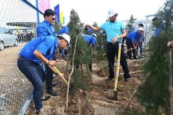 Phát động trồng cây Thanh niên tại Dự án Nhà máy xử lý khí Cà Mau