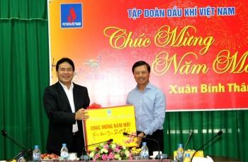 PVN và Công đoàn DKVN chúc tết Ban QLDA NMNĐ Sông Hậu 1 và Long Phú 1