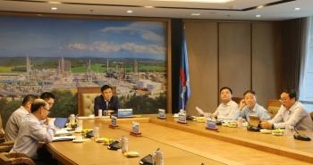 Tổng Giám đốc Petrovietnam Lê Mạnh Hùng giao ban trực tuyến với Tổng Giám đốc Zarubezhneft