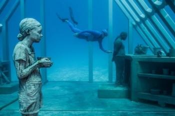 """Choáng ngợp với những """"kỳ quan"""" dưới nước"""