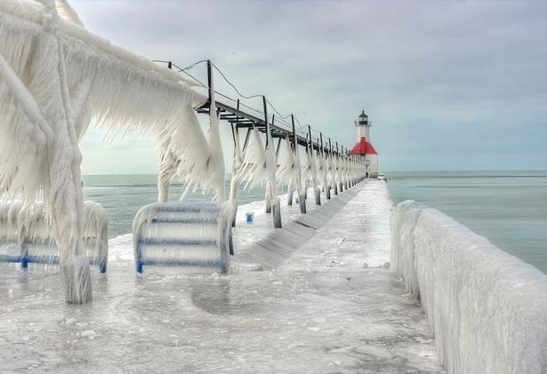 """Những địa điểm du lịch mang vẻ đẹp """"khác lạ"""" khi vào mùa đông"""