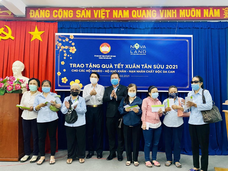 Nova Group trao tặng quà Tết Tân Sửu 2021 cho các hộ nghèo, hộ khó khăn, nạn nhân chất độc da cam thành phố Biên Hòa