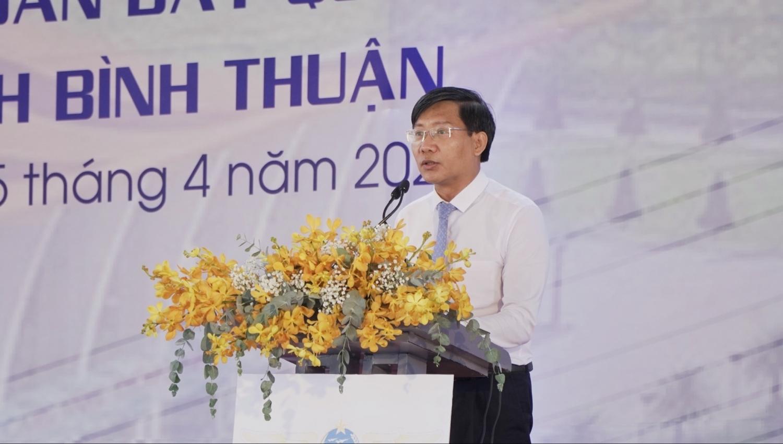 Ông Lê Tuấn Phong – Chủ tịch UBND tỉnh Bình Thuận phát biểu tại Lễ chuẩn bị mặt bằng và triển khai xây dựng sân bay Phan Thiết ngày 5/4.