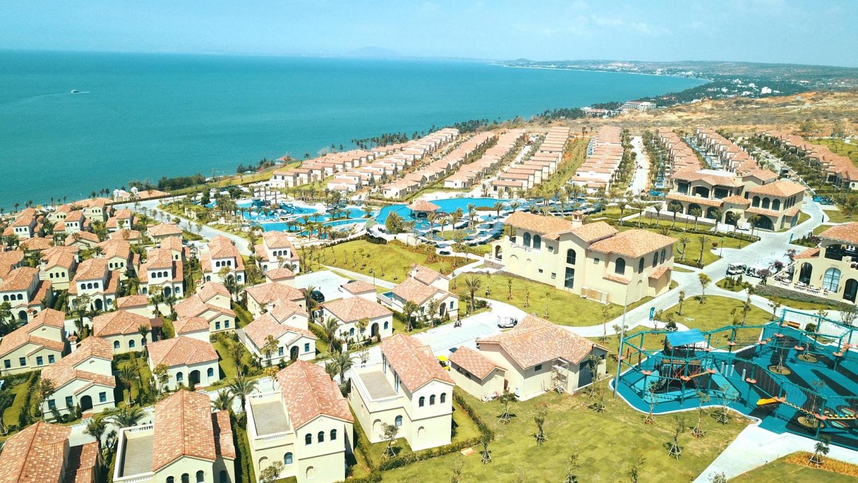 NovaHills Mui Ne đã được vận hành theo chuẩn 4 sao, dưới thương hiệu Centara Mirage Resort Mui Ne.