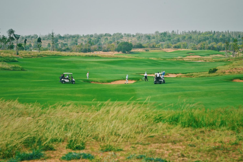 ân golf PGA Ocean 18 hố độc quyền tại NovaWorld Phan Thiet đã đưa vào vận hành từ tháng 04/2021.