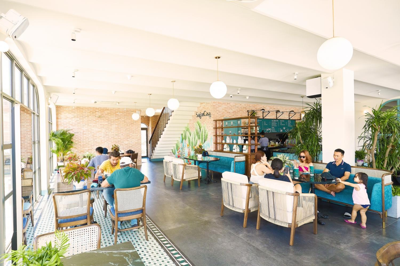 Quy hoạch ngành hàng bài bản, Saigon Casa – một thương hiệu ẩm thực thu hút khách nhộn nhịp tại                                                       dãy phố thương mại The Tropicana.đa dạng là điểm nhấn gia tăng giá trị cho                                         chuỗi shophouse biển tại NovaWorld Ho Tram