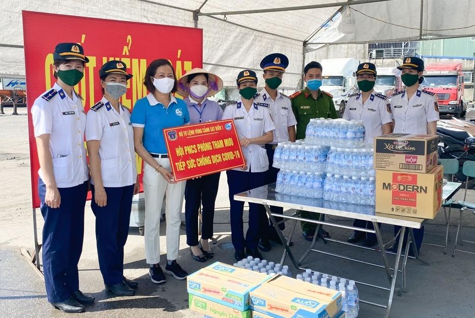 BTL Vùng Cảnh sát biển 1 tiếp sức cho lực lượng chống dịch COVID-19