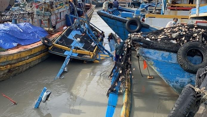 Bình Thuận: Trục vớt được 11 phương tiện bị chìm, trôi dạt do mưa lũ