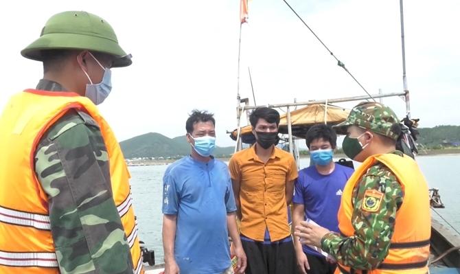 Tăng cường phòng, chống dịch Covid-19 tại các cảng cá
