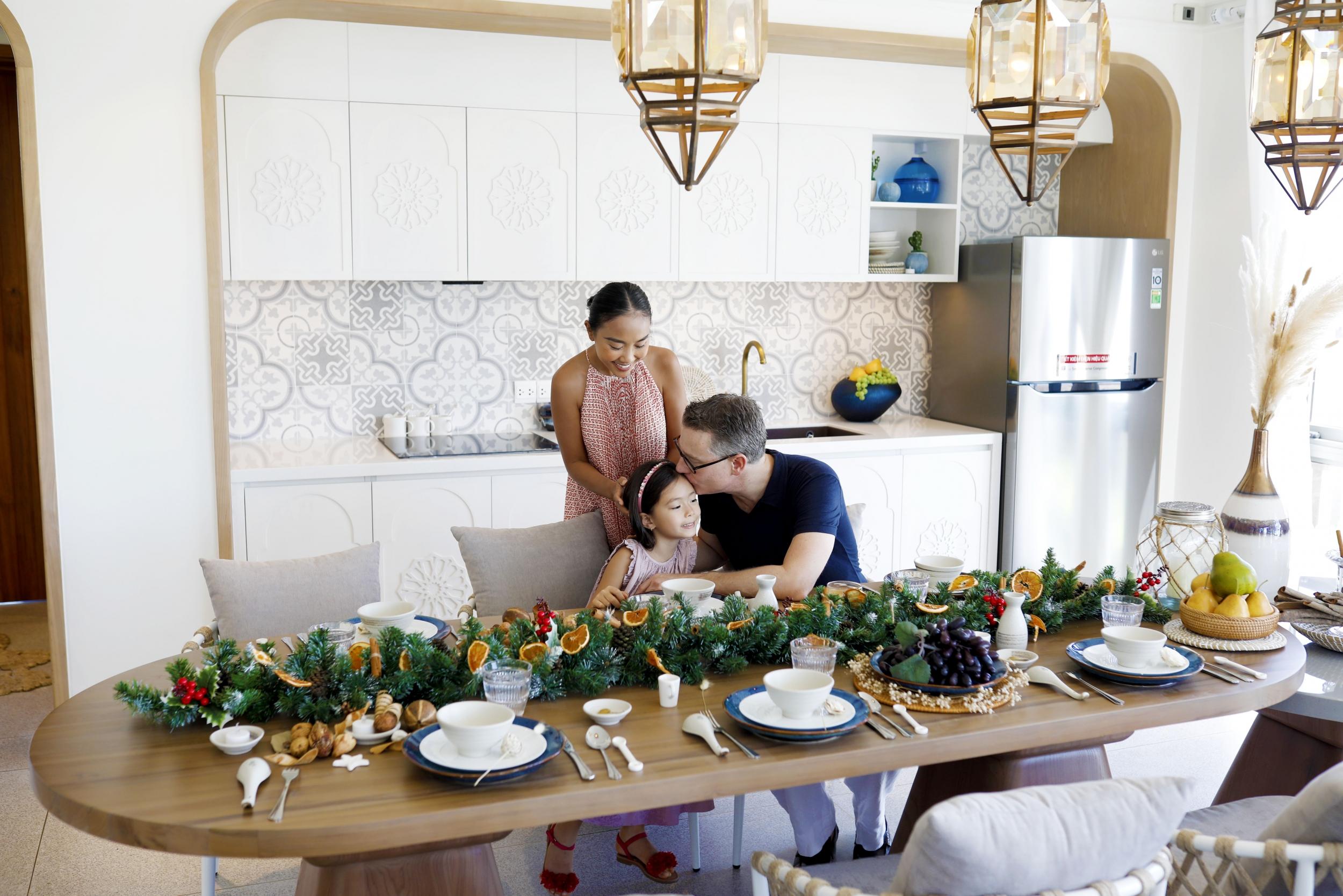 Gia đình Đoan Trang chọn Hồ Tràm làm nơi nghỉ dưỡng lâu dài