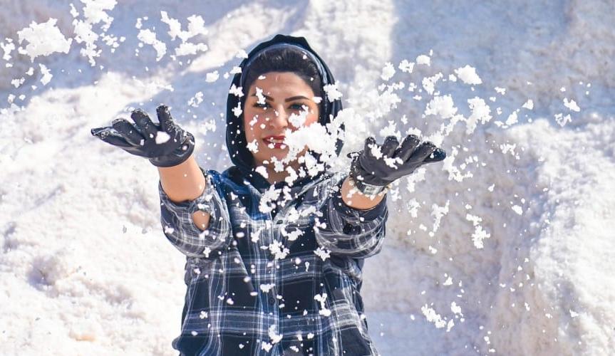 """""""Núi tuyết"""" ở Ai Cập thu hút du khách"""