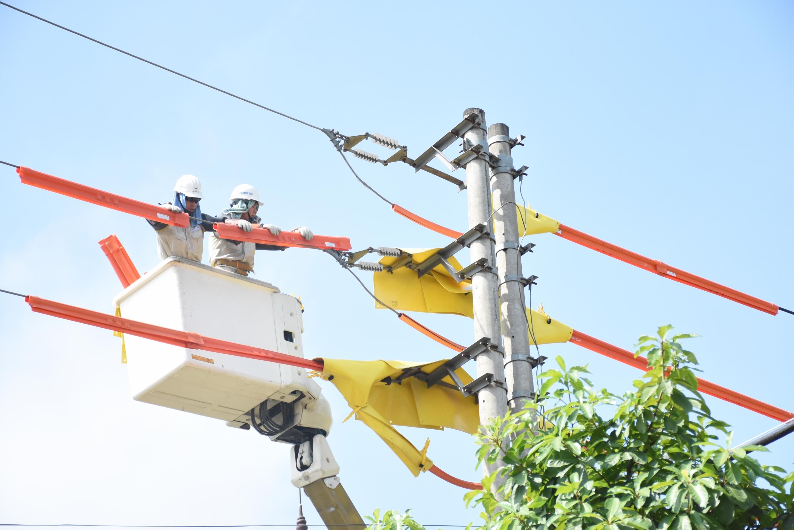 EVNHANOI đảm bảo điện phục vụ các hoạt động kỷ niệm 75 năm Quốc khánh 2/9