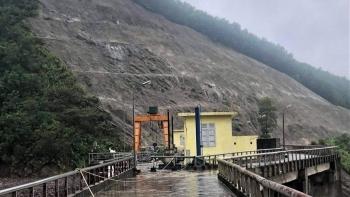 Lũ lớn, 2 vai đập Thủy điện Hố Hô vẫn an toàn