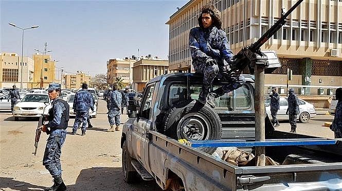 uav tho nhi ky bi ban roi gan thu do libya