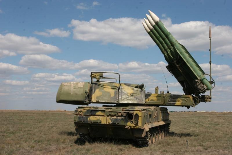 Nga đưa tên lửa phòng không Buk tới Crimea