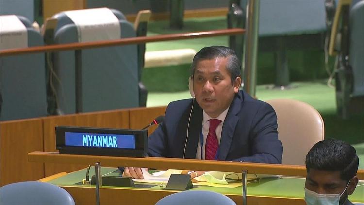 Đại sứ Myanmar trong phiên họp ngày 26/2