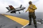 """Máy bay chiến đấu F-35 bị gọi là """"kẻ vô dụng đắt tiền"""""""