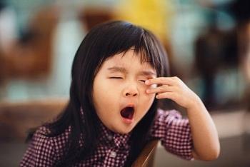 Ngủ không tốt khi học mẫu giáo ảnh hưởng xấu đến hình thành tính cách