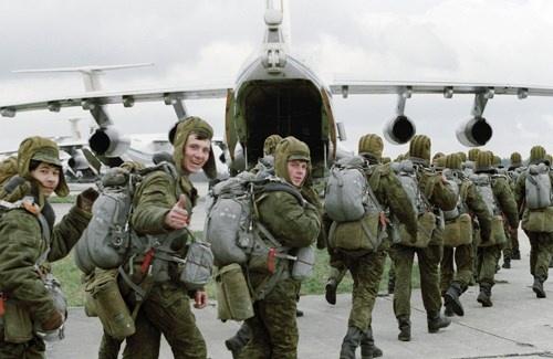 Nga bắt đầu tập trận quy mô lớn trên bán đảo Crimea