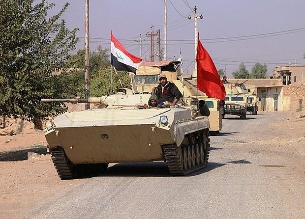 ngan is xam nhap quan doi iraq tang cuong bao ve bien gioi voi syria