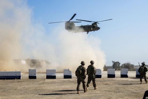 Mỹ sơ tán binh sĩ khỏi các căn cứ ở Iraq và Syria