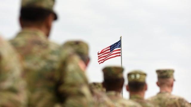 Quân đội Mỹ nhận lệnh ngừng toàn bộ di chuyển trong 60 ngày