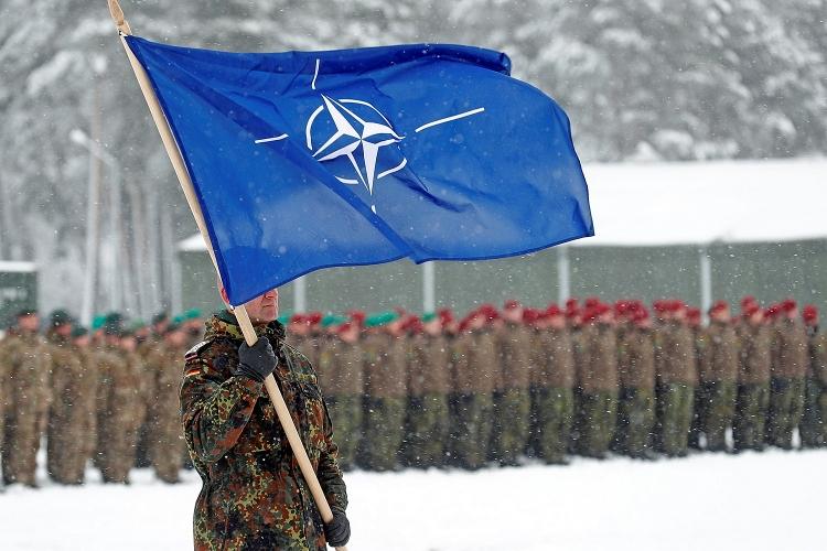 Leo thang căng thẳng Nga - Ukraine, NATO điều 37.000 quân tới gần Crimea