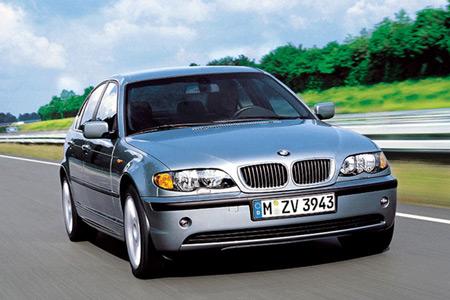 Các xe BMW 3-Series bị triệu hồi dùng cơ sở gầm bệ mã E46