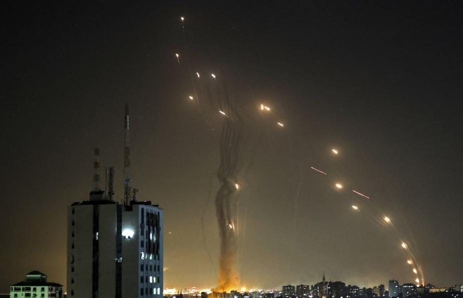 Israel bất ngờ hứng rocket phóng từ Syria giữa căng thẳng ở Dải Gaza