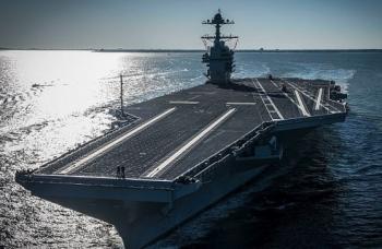 Hải quân Mỹ tiếp nhận siêu tàu sân bay USS Gerald Ford