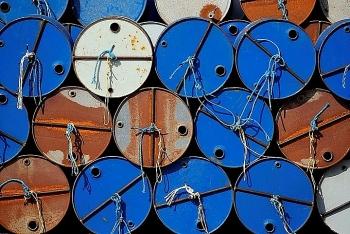 Giá dầu hôm nay 12/4 bất ngờ tăng nhẹ