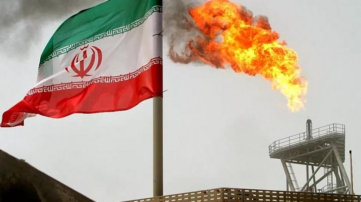 Tổng thống Iran tiết lộ các dự án lọc hóa dầu quan trọng