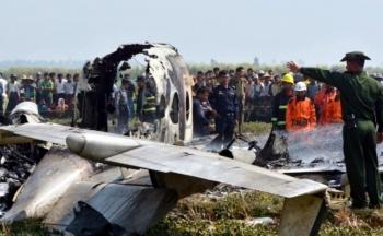 Rơi máy bay quân sự ở Myanmar, 12 người thiệt mạng